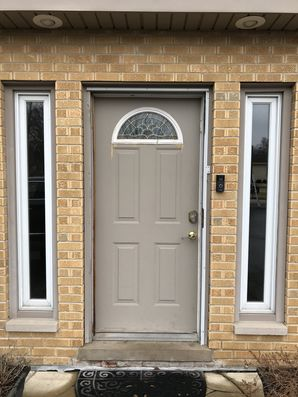 Before & After Door Installation in Wheeling, IL (1)